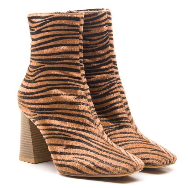 Berdina Kadın  Bot Zebra