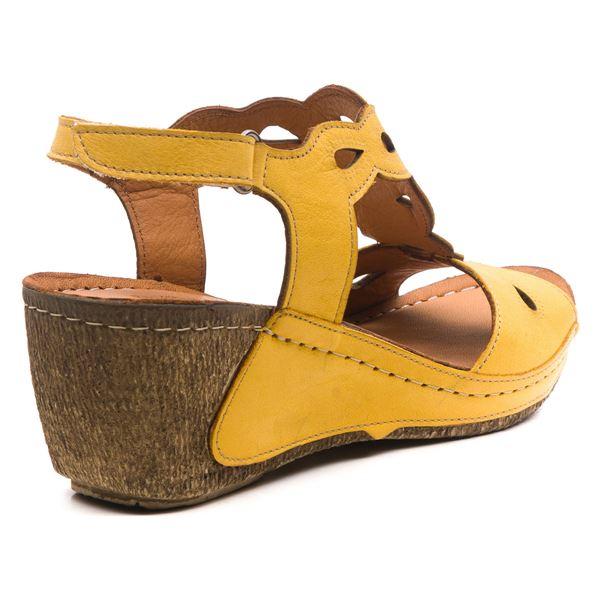 Alinda Kadın Dolgu Topuk Sandalet Sarı