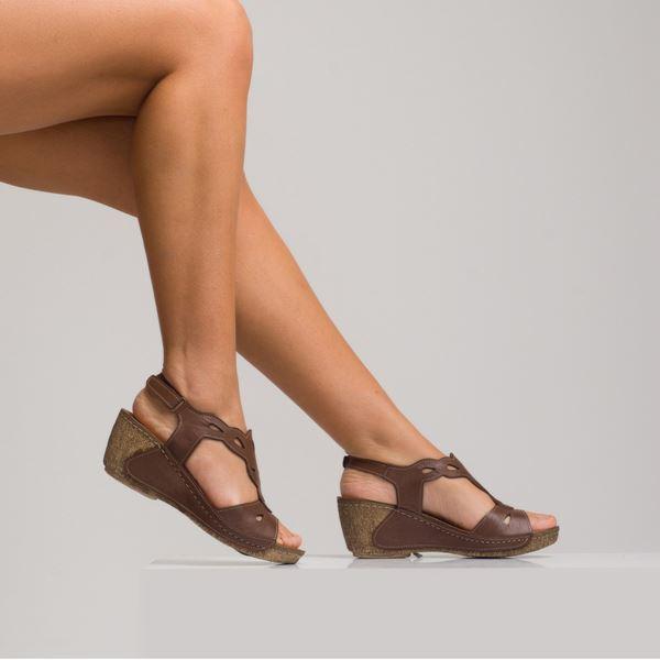 Alinda Kadın Dolgu Topuk Sandalet Kahve