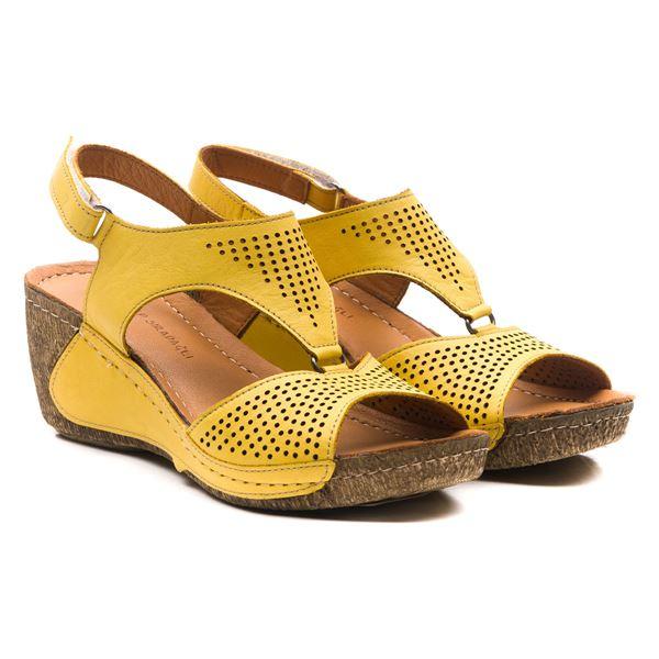 Joe Kadın Dolgu Topuk Sandalet Sarı